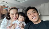 Đàm Thu Trang khoe khoảnh khắc hạnh phúc bên gia đình, tiết lộ thói quen của ái nữ trước khi đi ngủ