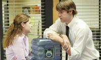 5 quy tắc bảo vệ mối quan hệ và công việc của bạn khi hẹn hò với đồng nghiệp